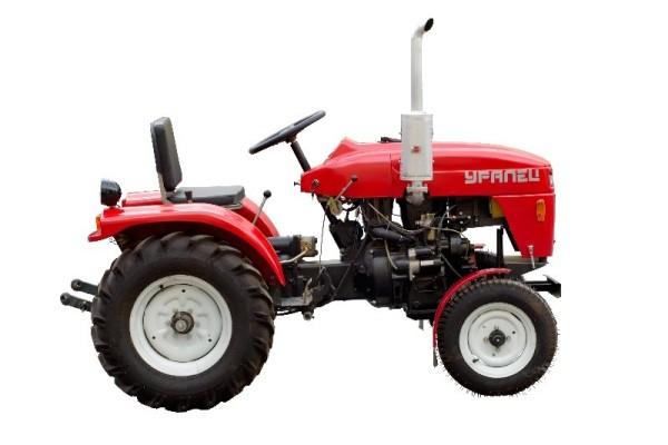 Самый маленький трактор в мире