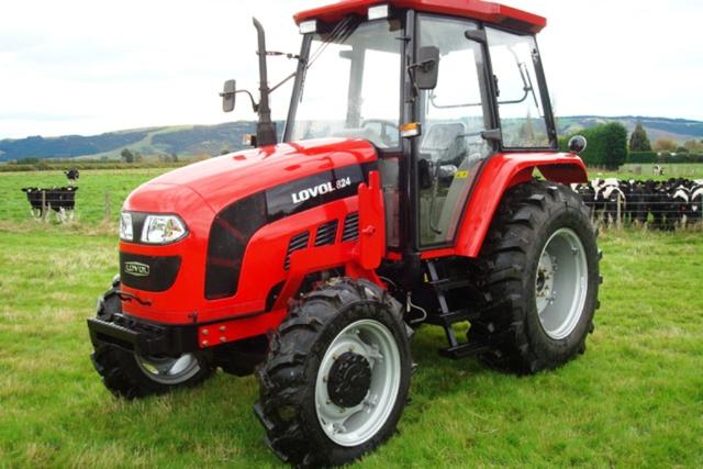 Трактор «Фотон» модель 824