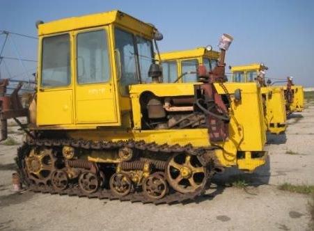 Трактор ДТ-75 массой 6610 кг имеет опорную площадь