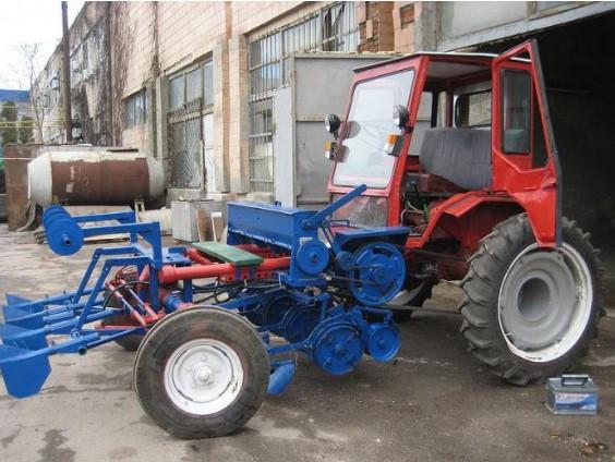 Навесной инвентарь для трактора