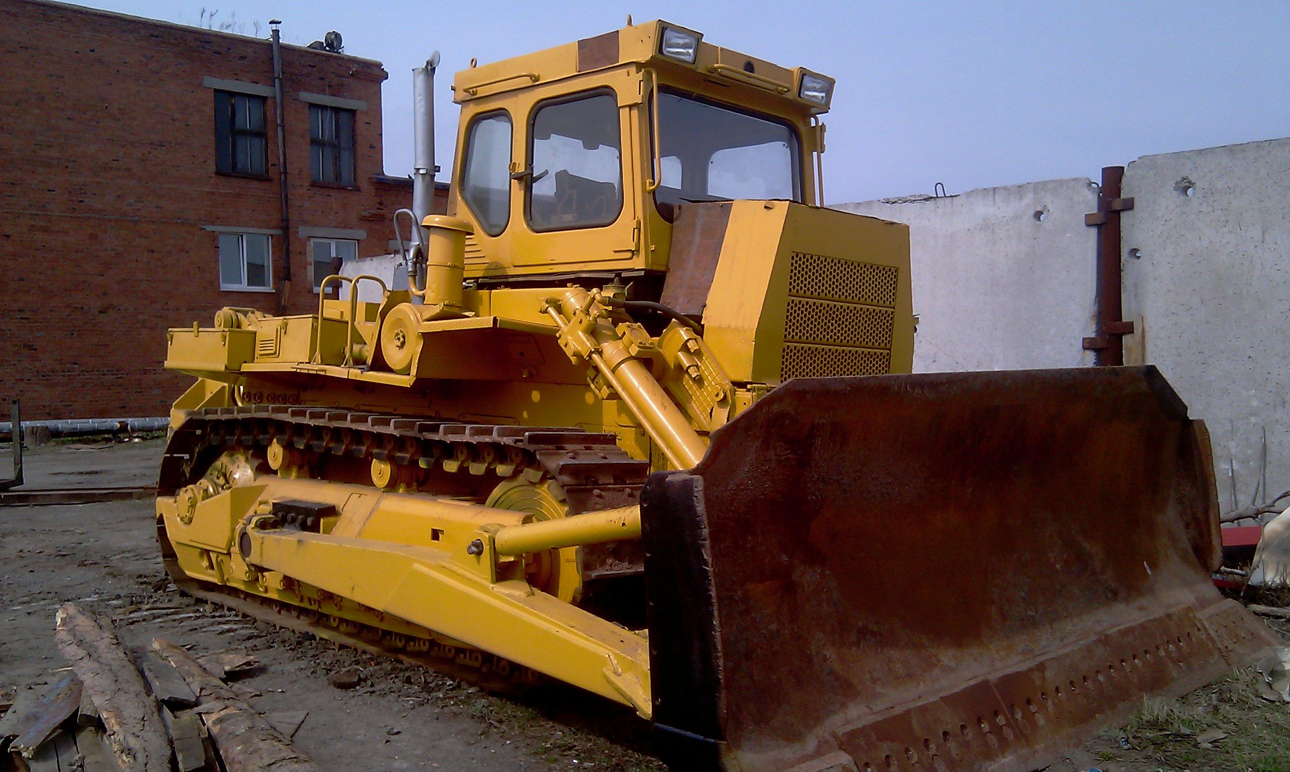 Трактор Т 330