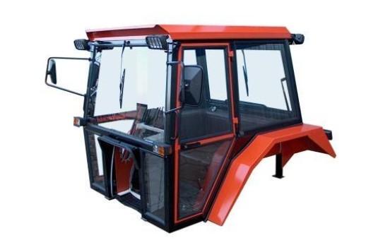 samodelnaya-kabina-na-minitraktor-svoimi-rukami.jpg