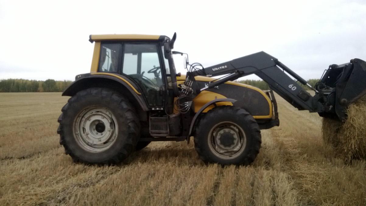 Трактор Valtra T161C