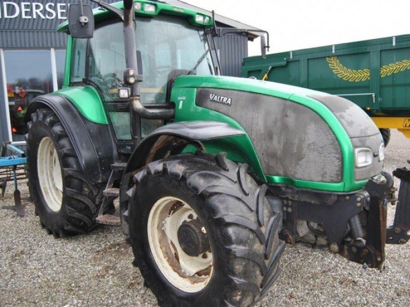 Трактор Валтра Т190