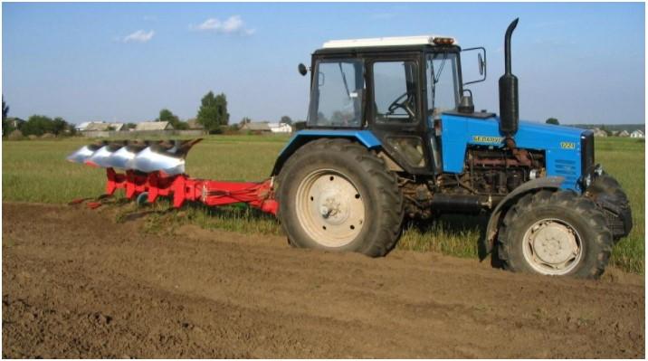 Расход топлива трактора МТЗ 1221 на пахоте