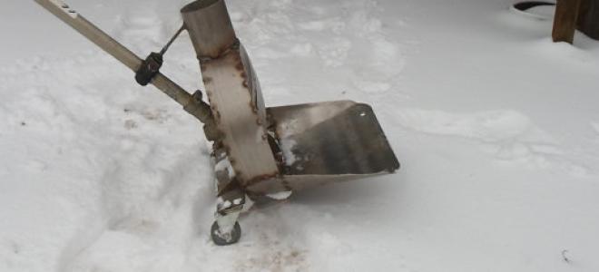 Снегоочиститель из триммера