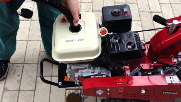 Слитие с дизельного мотоблока топлива