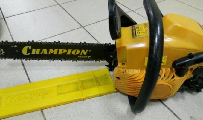 Комплект поставки бензопилы Champion 142