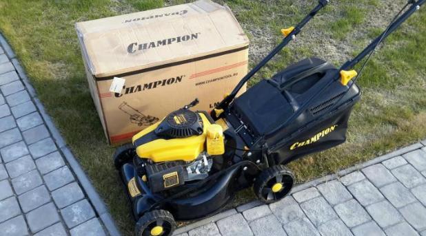 Champion LM4215