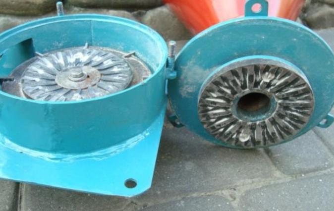 Виды домашних зернодробилок, дисковые